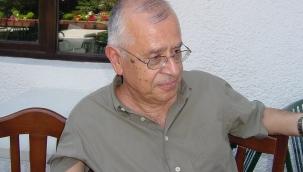 Erol Üyepazarcı'dan Türkiye'de popüler romanın yüzyıllık öyküsü