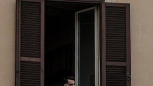 """Trendeki Yabancı'nın on dokuzuncu sayısı """"Pencere"""" temasıyla yayımlandı"""
