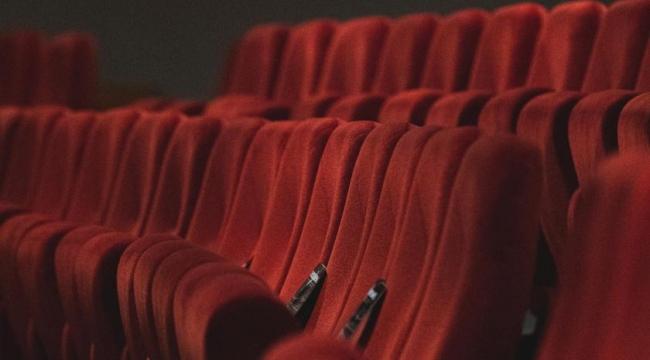 İBB özel tiyatrolara destek projesi başlattı