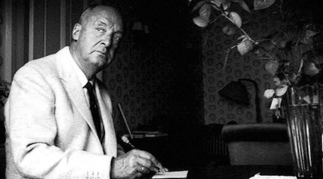 Nabokov'a göre hangi büyük yazar sansasyon meraklısı biriydi?